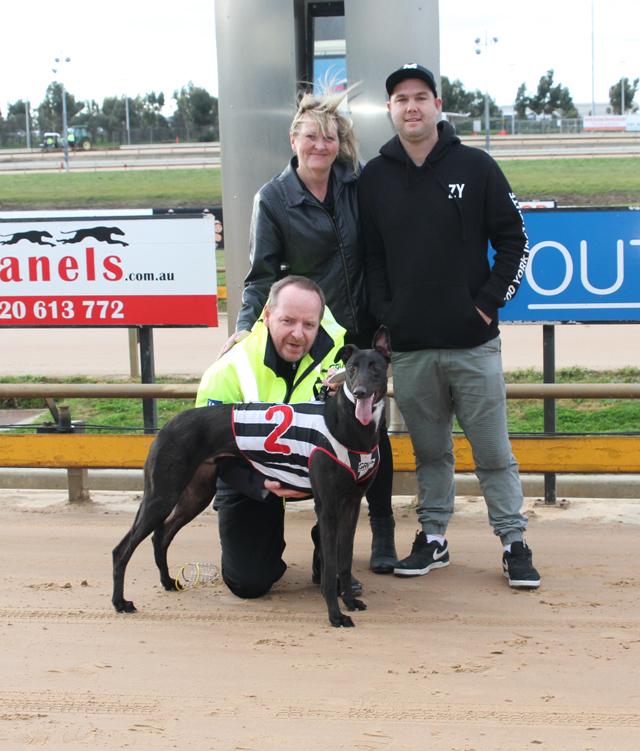 Pictured: Chaddy Whacker with trainer Michael and Debbie Bewley and owner Andy Cunningham. Photo credits Tom Finning.